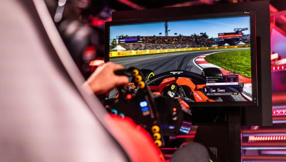 Para Ferrari los pilotos de simracing no valen para coches reales. Para Leclerc, su piloto de F1, sí