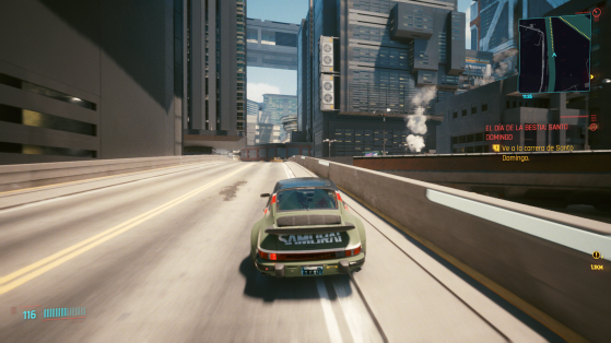 La conducción cumple, y los interiores están muy detallados. - Cyberpunk 2077