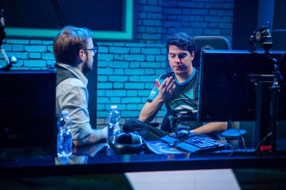 xPeke y LeDuck, charlar tras una derrota de Origen en 2017. - League of Legends
