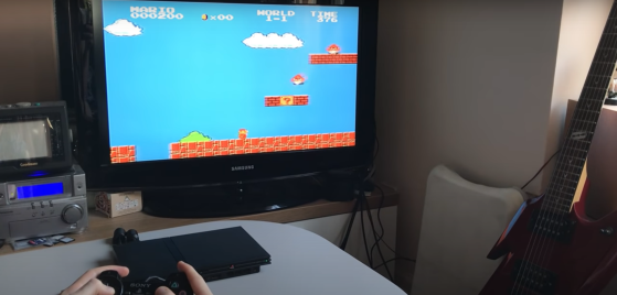 Un usuario hackea una PS2 a través de su reproductor, sin chip, y juega al Super Mario World en ella