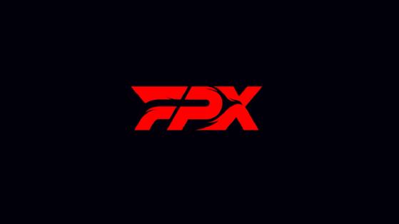LoL: FunPlus Phoenix celebra sus fichajes cambiando de logo al equipo
