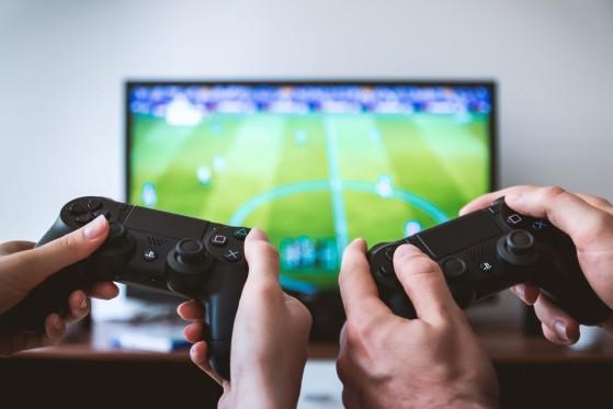 El bono cultural del Gobierno de 400 euros incluirá videojuegos además de cine, teatro o libros
